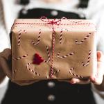 Alkohol k narodeninám: Aký kúpiť ako darček?