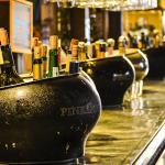 Alkohol podľa príležitosti: Aký vybrať a koľko kúpiť?