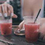 Alkohol pre ženy: Aký kúpiť ako darček?